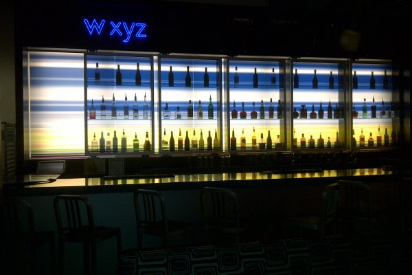 Illuminated-Signage-Restaurant